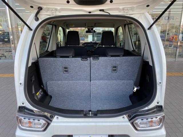 ハイブリッドX リミテッド 盗難防止装置 シートヒーター 修復歴無 エンジンスタートボタン オートライト 衝突安全装置 車線逸脱防止支援システム ヘッドランプ LED EBD付ABS 横滑り防止装置 アイドリングストップ(8枚目)