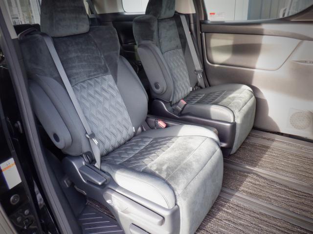 S 1年保証付き 4WD SDナビ・バックカメラ・衝突回避軽減 クリアランスソナー LEDヘッドライト 両側パワースライドドア オットマン ETC スマートキー(13枚目)