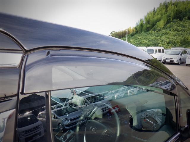 S 1年保証付き 4WD SDナビ・バックカメラ・衝突回避軽減 クリアランスソナー LEDヘッドライト 両側パワースライドドア オットマン ETC スマートキー(18枚目)