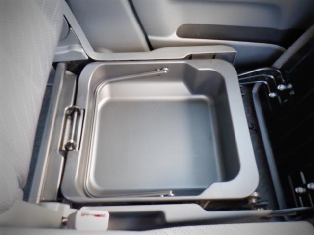 G 1年保証付 SDナビ ETC CD再生 アイドリングストップ 両側スライドドア スマートキー プッシュスタート ベンチシート シートヒーター 運転席エアバッグ 助手席エアバッグ ABS 電動格納ミラー(12枚目)