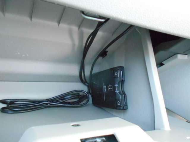 660 X SA 両ナビ側電動スライドドアオートエアコン スマ-トキ- フルセグ 両側電動ドア TV キーフリー ABS オートエアコン エアバック パワステ パワーウィンドウ(11枚目)