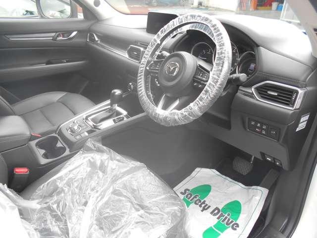 2.2 XD Lパッケージ ディーゼルターボ レザーシート BOSE 360°モニター 360度 ターボ AW シートヒーター パワーシート スマートキー 盗難防止システム アダプティブクルーズ コーナーセンサー サイドカメラ シティブレーキ(3枚目)