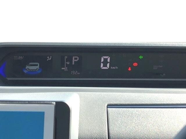 カスタムRS 両側電動スライドドア・パノラマカメラ・コーナーセンサー・プッシュボタンスタート・ステアリングスイッチ・アルミホイール・キーフリーシステム・シートヒーター・パワーウィンドウ(6枚目)
