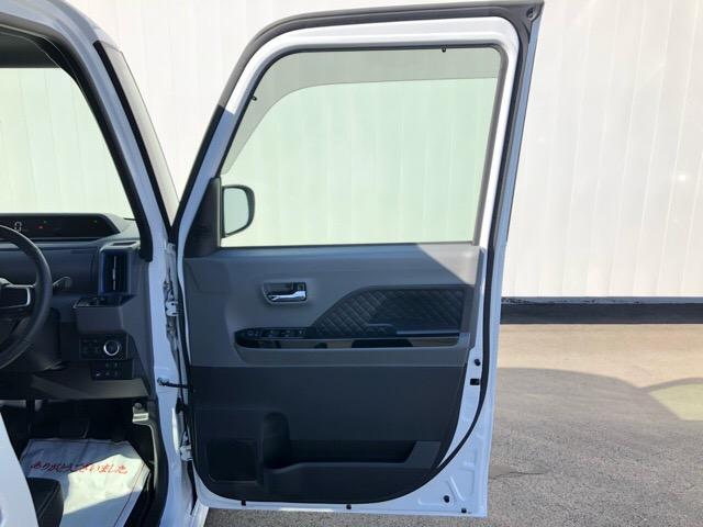カスタムRS 両側電動スライドドア・パノラマカメラ・コーナーセンサー・プッシュボタンスタート・ステアリングスイッチ・アルミホイール・キーフリーシステム・シートヒーター・パワーウィンドウ(39枚目)