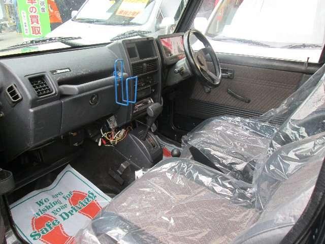 ワイルドウインドリミテッド 4WD ターボ車 AW エアコン(13枚目)
