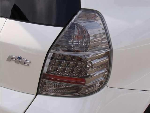ホンダ フィット 1.5S 無限エアロ アルミ ウィング 5速車