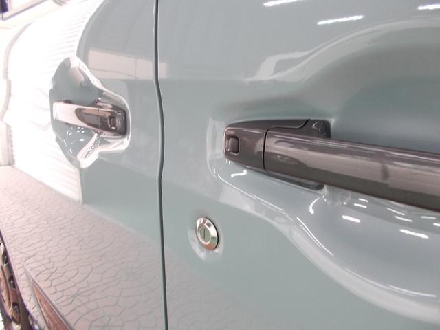 ハイブリッドXZ デュアルセンサーブレーキ 届出済未使用車(9枚目)