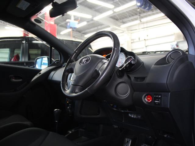 トヨタ ヴィッツ TRD スポーツM TRD追加メーター ローダウン