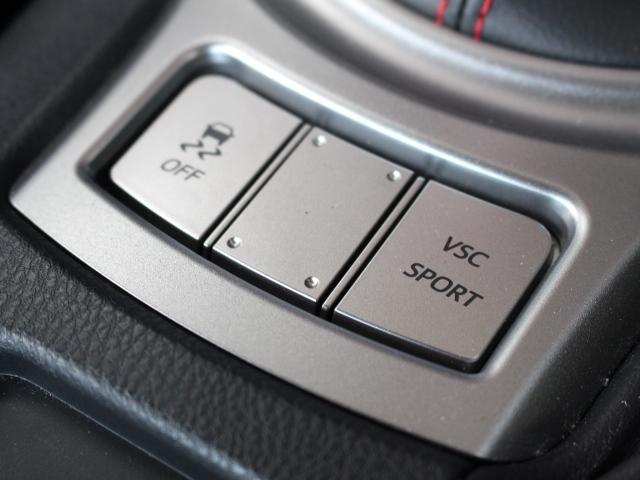 トヨタ 86 GT モデリスタエアロ CST18インチAW