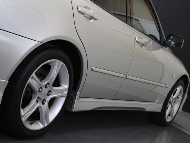 RS200 Zエディション ネオカスタマイズフロントバンパー(4枚目)