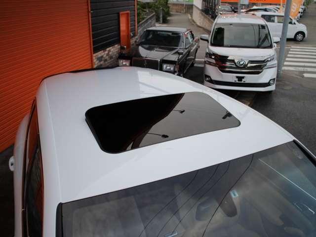 S E-ハイブリッド TipS4WD D車本革SSRナビTV(9枚目)