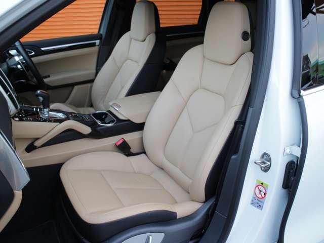 S E-ハイブリッド TipS4WD D車本革SSRナビTV(18枚目)