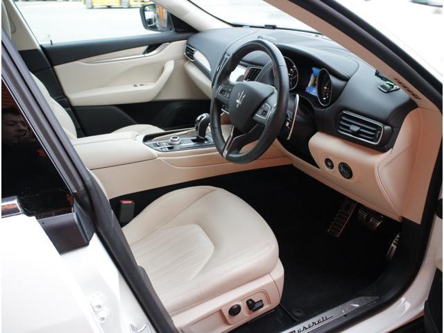 ディーゼル 4WD 正規D車プレミアムPG白革SパノラマSR(11枚目)
