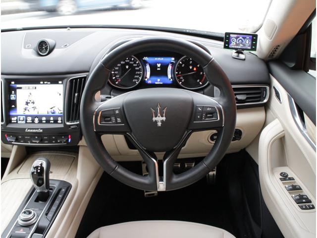 ディーゼル 4WD 正規D車プレミアムPG白革SパノラマSR(13枚目)