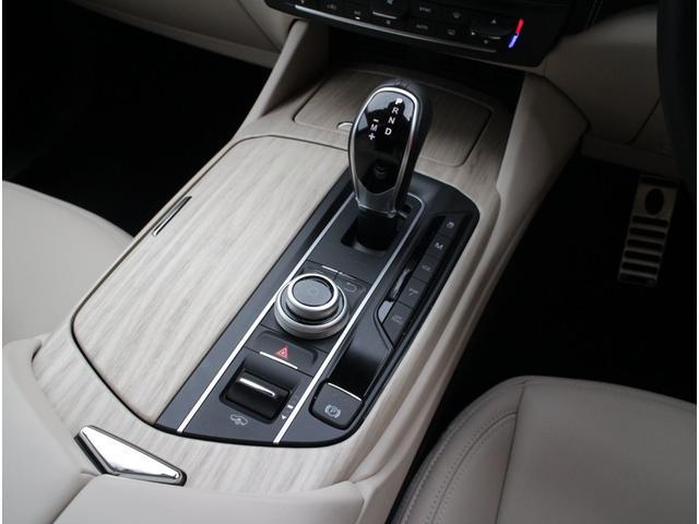 ディーゼル 4WD 正規D車プレミアムPG白革SパノラマSR(14枚目)