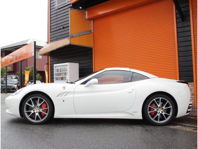 「フェラーリ」「フェラーリ カリフォルニア」「オープンカー」「福岡県」の中古車6
