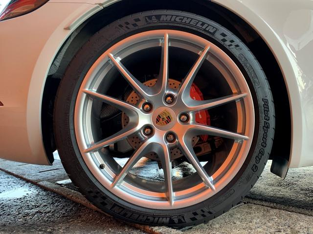 718ボクスターS PDK スポーツクロノPKG・正規ディーラー車・ポルシェエントリー&ドライブ・カレラ20インチAW・電動OP・純正ナビTV・Bカメラ・シートヒーター・カラークレストセンターキャップ・レッドキャリパー(61枚目)