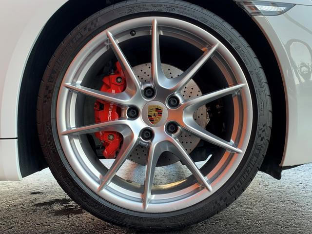 718ボクスターS PDK スポーツクロノPKG・正規ディーラー車・ポルシェエントリー&ドライブ・カレラ20インチAW・電動OP・純正ナビTV・Bカメラ・シートヒーター・カラークレストセンターキャップ・レッドキャリパー(62枚目)