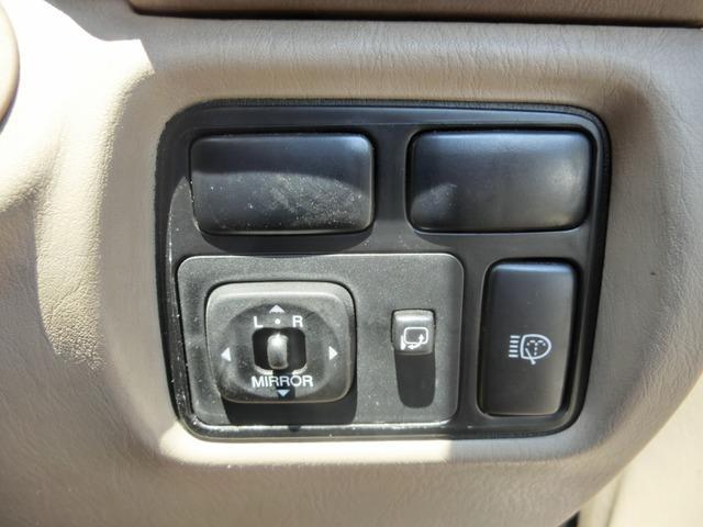 「トヨタ」「ランドクルーザー100」「SUV・クロカン」「福岡県」の中古車23