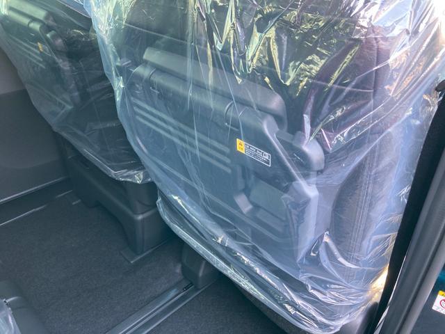 カスタムXセレクション 両側パワースライドドア シートヒーター バックカメラ(32枚目)