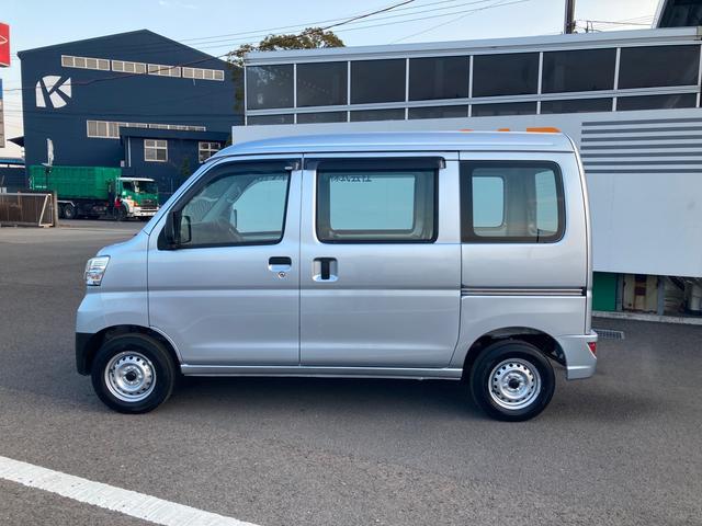 スペシャルSAIII 2WD AT車(4枚目)