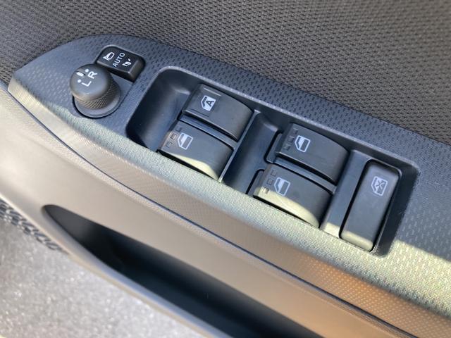 XリミテッドII SAIII シートヒーター(運転席)アイドリングストップ バックカメラ オートライト(34枚目)