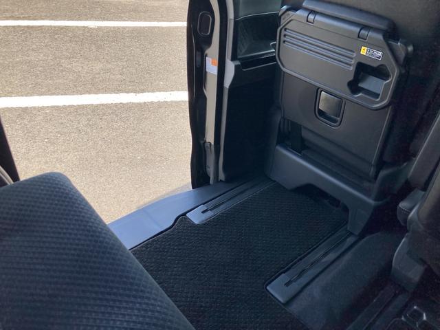 カスタムXセレクション 両側パワースライドドア シートヒーター バックカメラ LEDヘッドライト LEDフォグランプ(33枚目)