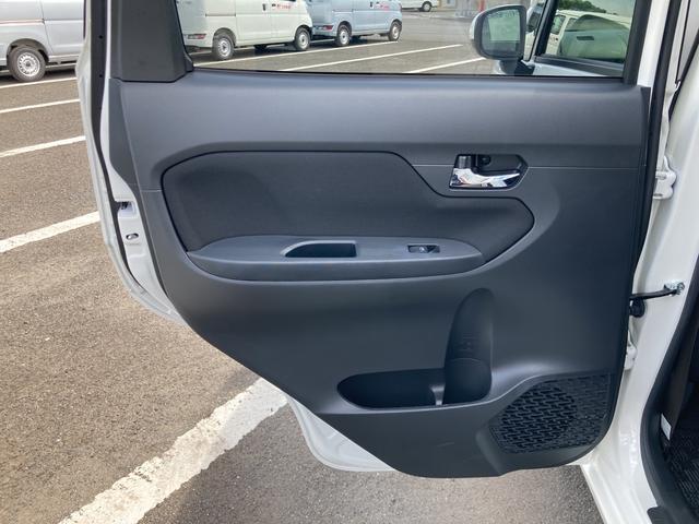 XリミテッドII SAIII バックカメラ シートヒーター(運転席) プッシュボタンスタート LEDヘッドライト(28枚目)