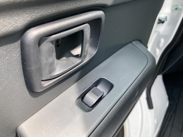 DX SAIII 2WD オートマチック車 両側スライドドア キーレス 純正ラジオ スマートアシスト搭載(26枚目)