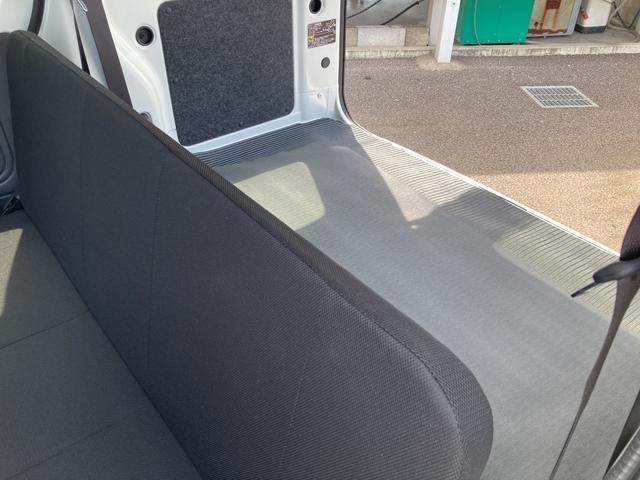 DX SAIII 2WD オートマチック車 両側スライドドア キーレス 純正ラジオ スマートアシスト搭載(30枚目)