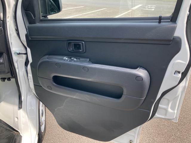 DX SAIII 2WD オートマチック車 両側スライドドア キーレス 純正ラジオ スマートアシスト搭載(39枚目)
