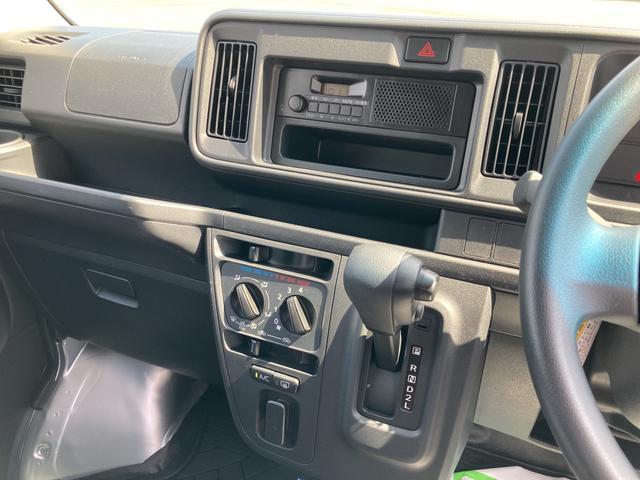 DX SAIII 2WD オートマチック車 キーレス 純正ラジオ 両側スライドドア スマートアシスト搭載(10枚目)