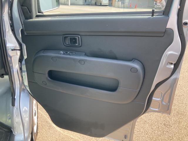 DX SAIII 2WD オートマチック車 キーレス 純正ラジオ 両側スライドドア スマートアシスト搭載(39枚目)