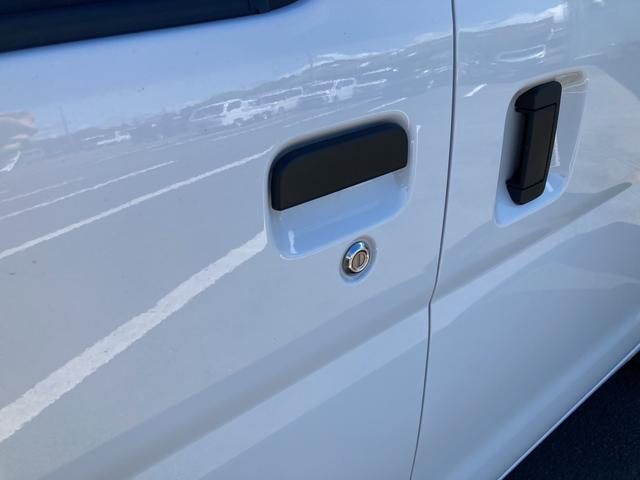DX SAIII 2WD オートマチック車 両側スライドドア キーレス 純正ラジオ 運転席助手席パワーウィンドウ(24枚目)