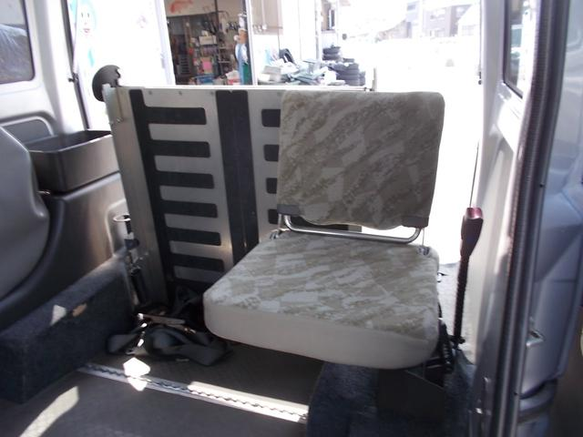 AUTECH 福祉車両 車椅子移動車(12枚目)