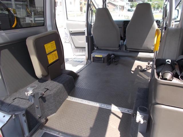 AUTECH 福祉車両 車椅子移動車(16枚目)