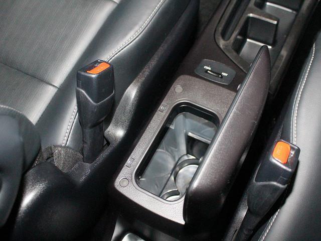 トヨタ エスクァイア Gi ブラックテーラード 衝突被害軽減システム