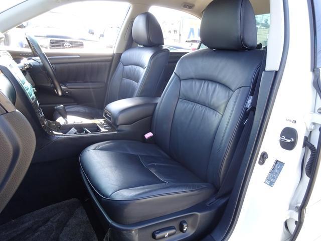 トヨタ クラウンマジェスタ Cタイプ 黒革シート 純正HDDナビBモニター スマートキー