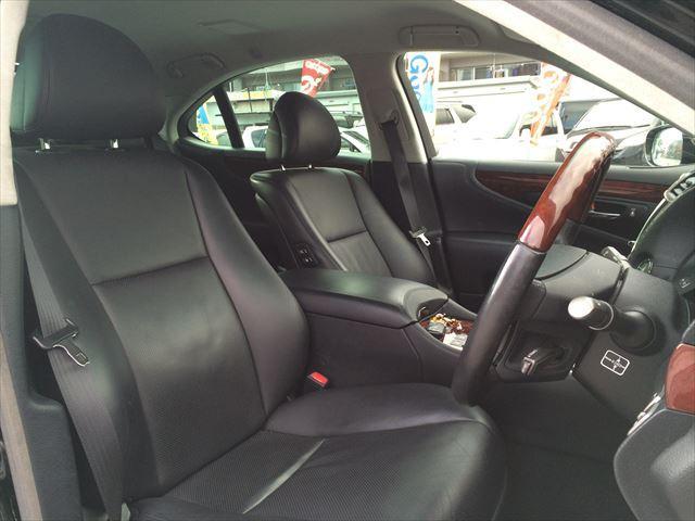 レクサス LS LS460 純正HDDナビ 黒革シート  コーナーセンサー