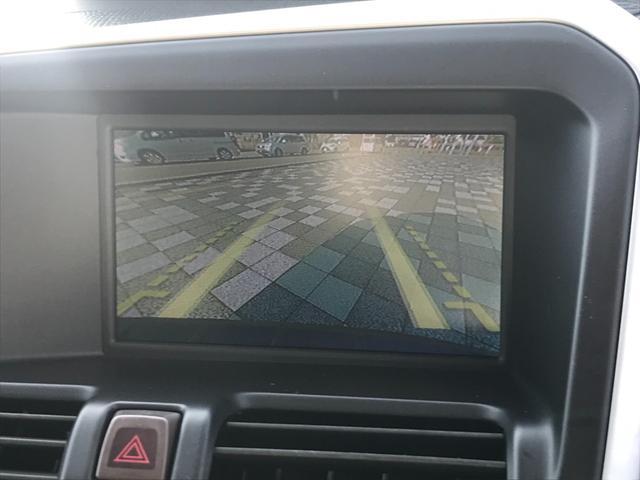 T6 SE AWD 4WD HDDナビ サイド&バックカメラ ETC スマートキー 電動リアゲート パワーシート 18インチアルミホイール(14枚目)