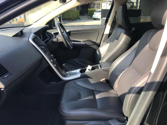 T6 SE AWD 4WD HDDナビ サイド&バックカメラ ETC スマートキー 電動リアゲート パワーシート 18インチアルミホイール(36枚目)