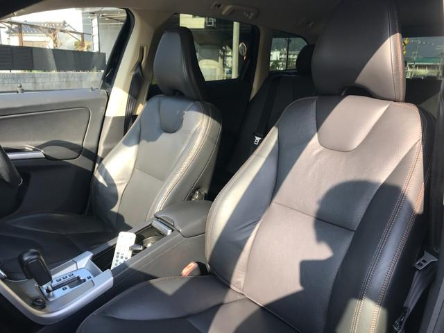T6 SE AWD 4WD HDDナビ サイド&バックカメラ ETC スマートキー 電動リアゲート パワーシート 18インチアルミホイール(37枚目)