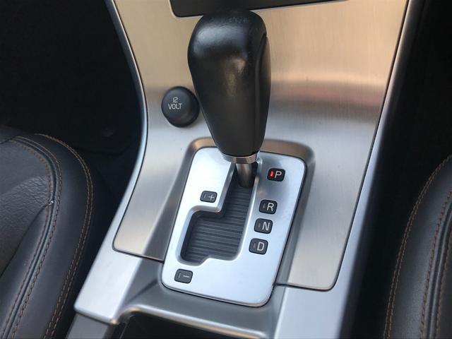 T6 SE AWD 4WD HDDナビ サイド&バックカメラ ETC スマートキー 電動リアゲート パワーシート 18インチアルミホイール(48枚目)