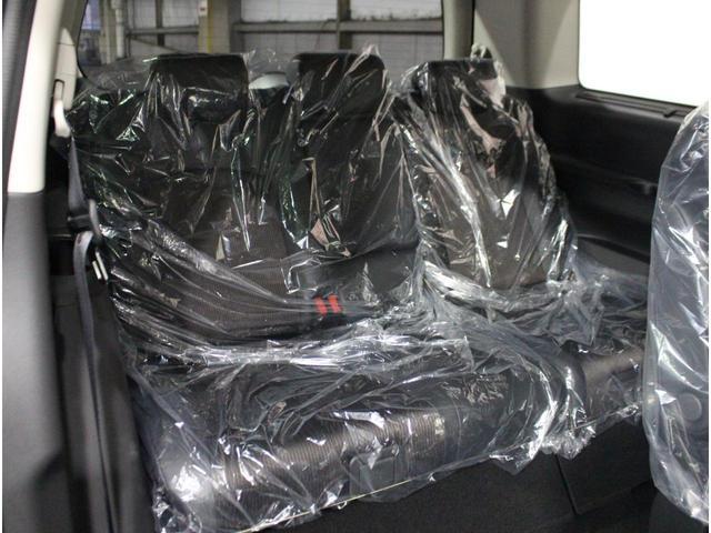 250ハイウェイスターS 登録済未使用車 保証継承 新品ナビ(18枚目)