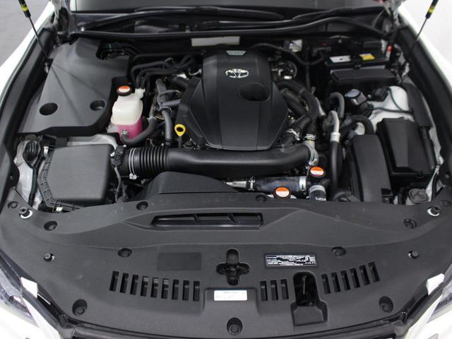 【エンジン型式】8AR-FTS【種類】直列4気筒DOHCICターボ【過給機】IC付きターボ【JC08モード燃費】13.4km/リットル ※カタログ値