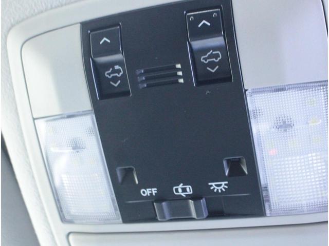 TX 全国3年保証付 サンルーフ ワンオーナー 禁煙車 ディーゼルターボ 社外メモリーナビ フルセグ バックカメラ ETC クルーズコントロール ダウンヒルアシスト 社外革調シートカバー LEDライト(18枚目)