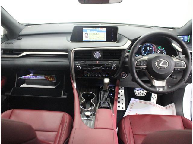RX200t Fスポーツ 全国3年保証付 ワンオーナー 禁煙車 4WD 本革シート サンルーフ マークレビンソン 純正SDナビ フルセグ 全周囲カメラ HUD レクサスセーフティ+ クリアランスソナー 三眼LED 20AW(11枚目)