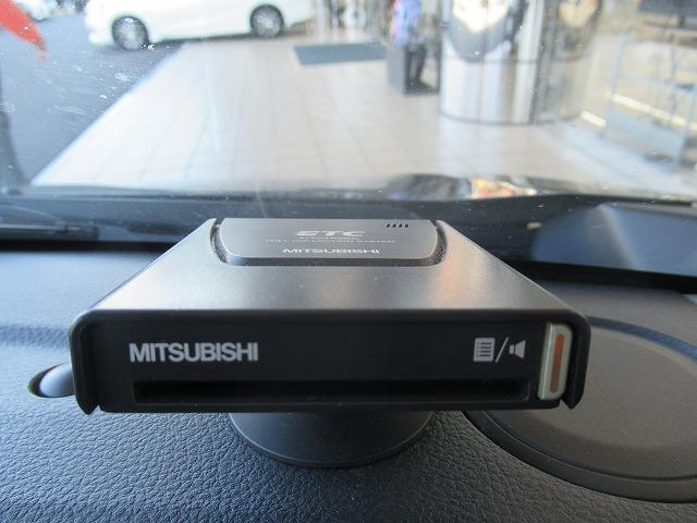 FX アイドリングストップパワーウインドウキーレスパワーステアリング定期点検記録簿 取扱説明書・保証書エアバッグ運転席エアバッグ助手席EBD付ABS盗難防止装置ETC(13枚目)