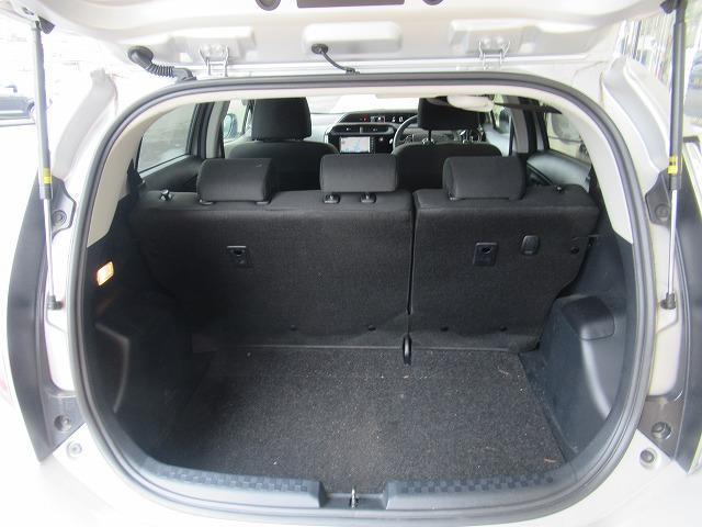Sスタイルブラック 純正 7インチ メモリーナビ/車線逸脱防止支援システム/ETC/EBD付ABS/横滑り防止装置/アイドリングストップ/TV/エアバッグ 運転席/エアバッグ 助手席/パワーウインドウ/キーレスエントリー(8枚目)