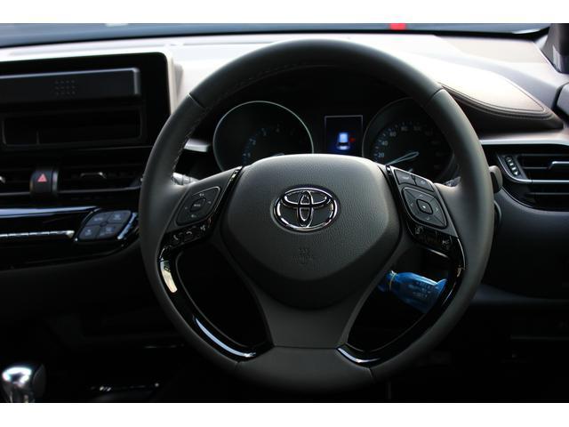 トヨタ C-HR G-T 4WDターボ 寒冷地 TRDエアロ バイビームLED